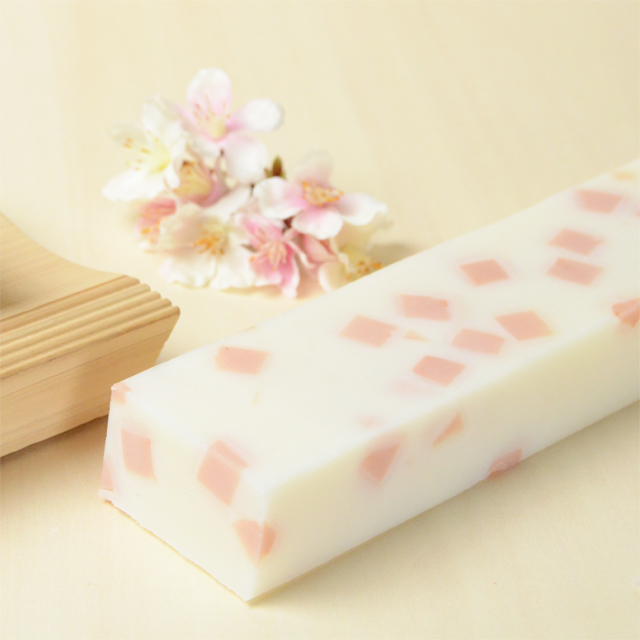 桜ふぶき棒石鹸 春の風