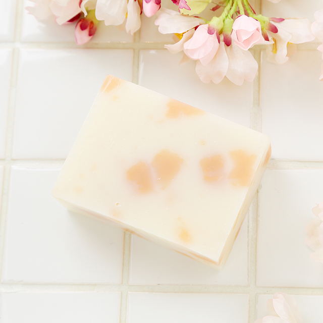桜ふぶき石鹸 春の風